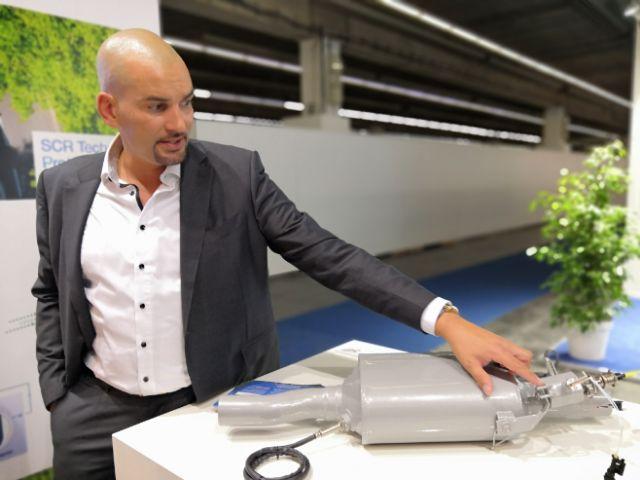 Dieser Mann macht Euro 5 Diesel city-fähig