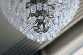 chandelier_closeup