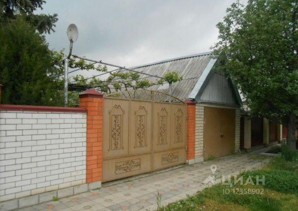 Дом в Ставропольский край, Кочубеевский район, с ...