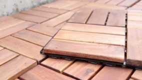 Пол из деревянных плиток Clickwood от Catral