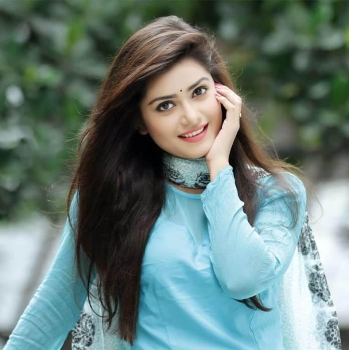 Bangladeshi Hot Model & Actress Tanjin Tisha 24