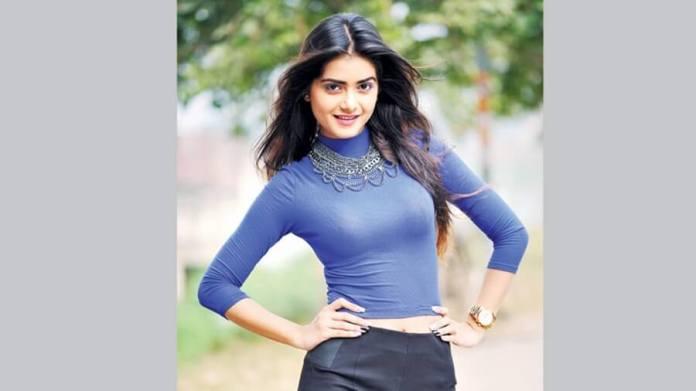 Bangladeshi Hot Model & Actress Tanjin Tisha 28