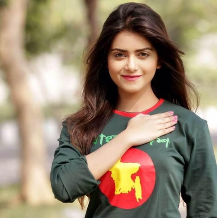 Bangladeshi Hot Model & Actress Tanjin Tisha 8