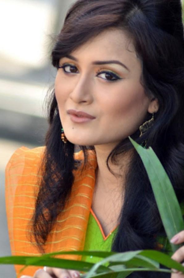 Nadia Nodi Bangladeshi Model & Actress 25