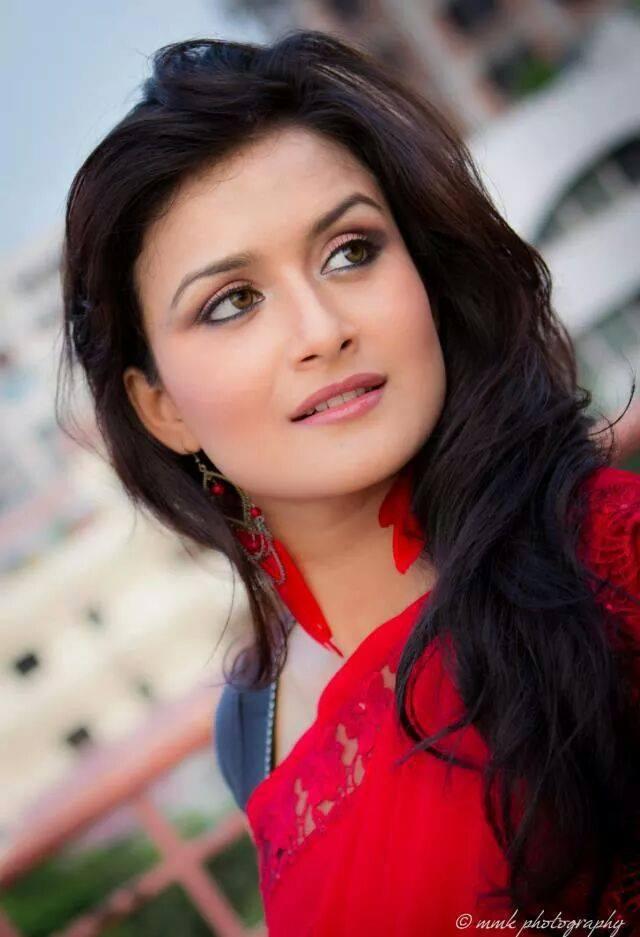 Nadia Nodi Bangladeshi Model & Actress 5
