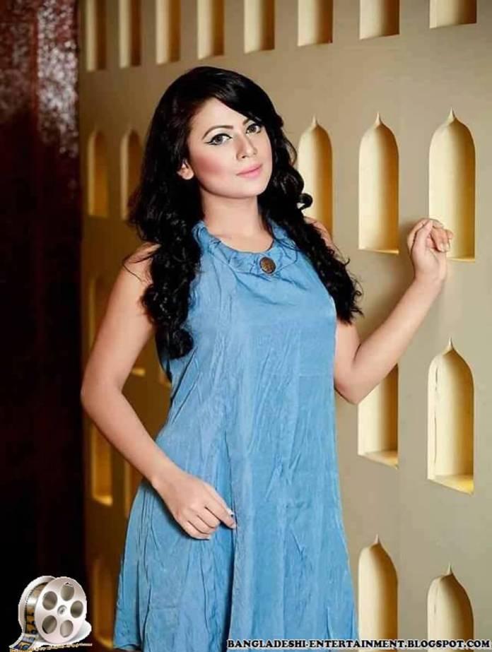 Azmeri Sultana Asha Latest Photos & Bio 20