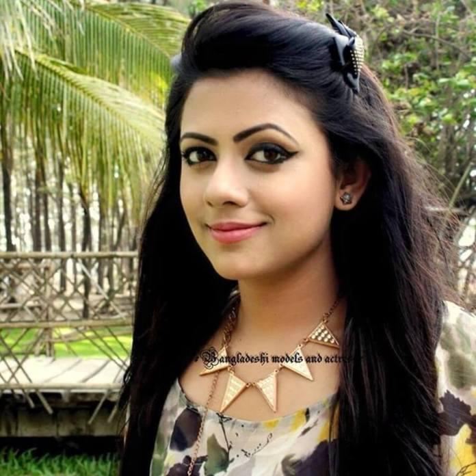 Azmeri Sultana Asha Latest Photos & Bio 7