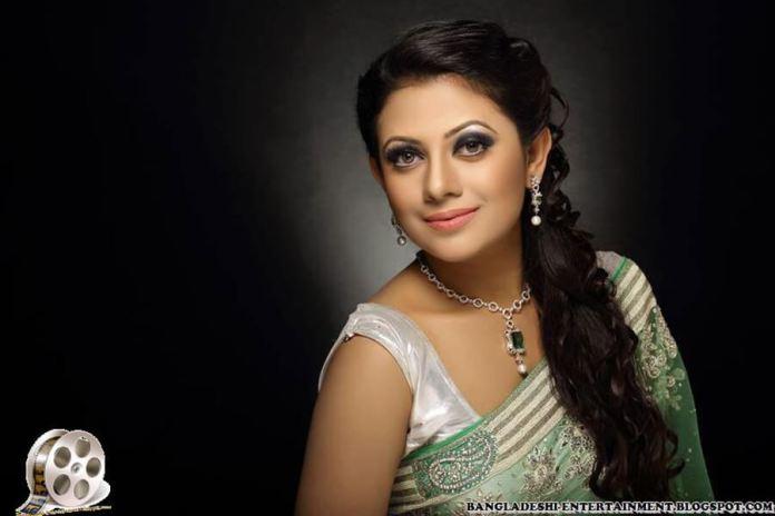 Azmeri Sultana Asha Latest Photos & Bio 10