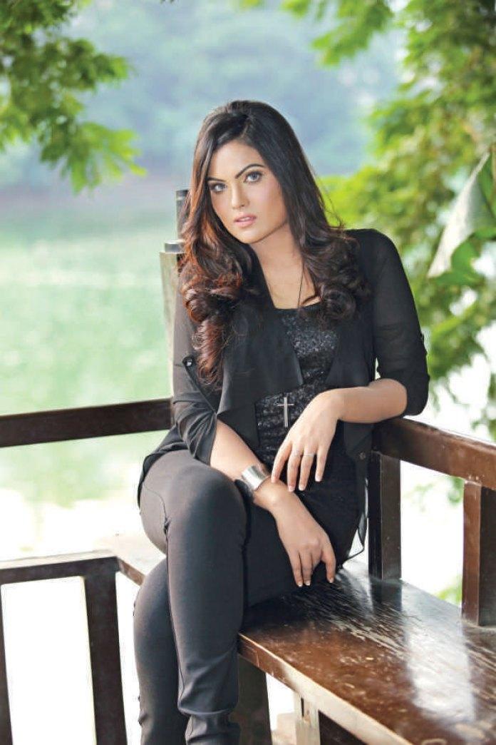 Hasin Roushan Bangladeshi Model's Unseen Photo 3