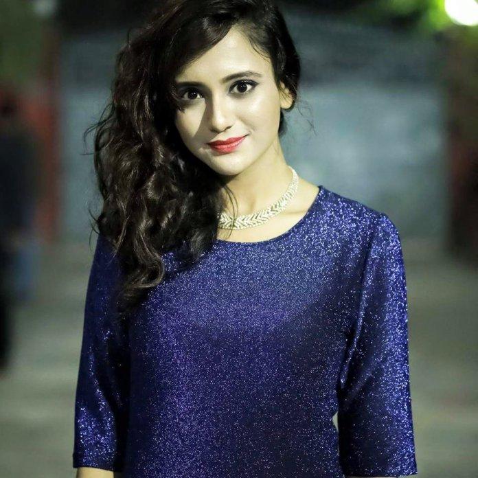 Sabila Nur, Bangladeshi Model & Actress, Images and Short Bio 16
