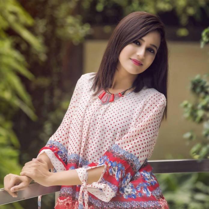 Sabila Nur, Bangladeshi Model & Actress, Images and Short Bio 15