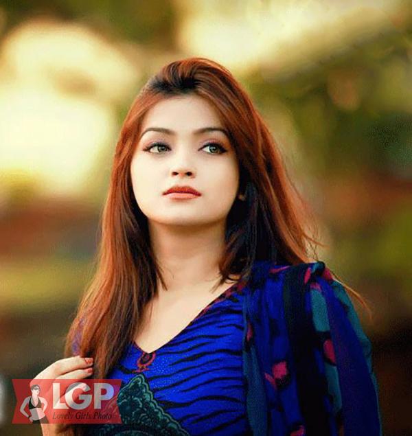 Bangladeshi Model & Actress Sharlina Hossain 34