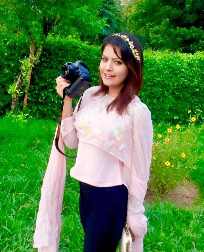 Tasnuva Elvin Latest Images and Short Biography 15