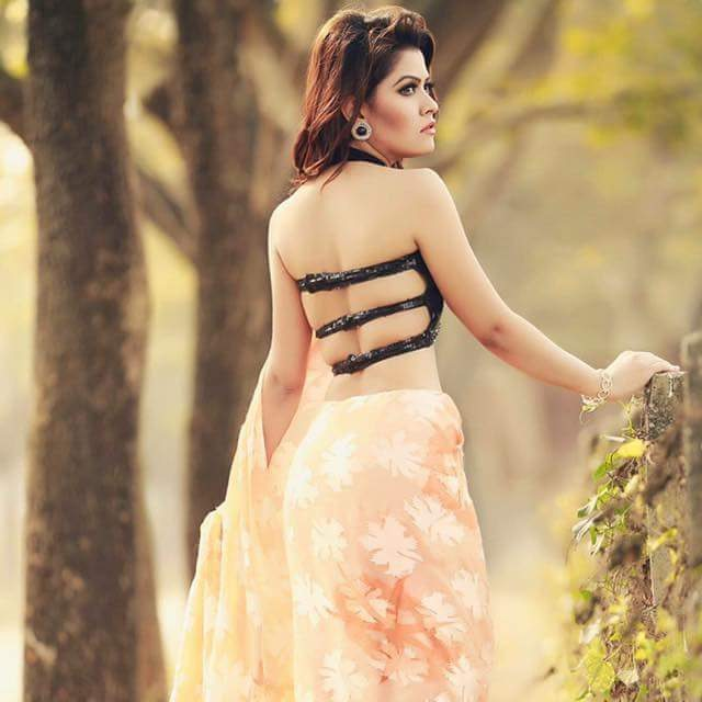 Tasnuva Elvin Latest Images and Short Biography 4