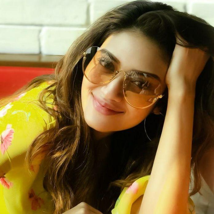 Nusrat Jahan - Kolkata Film Actress Bio & Best Images 18