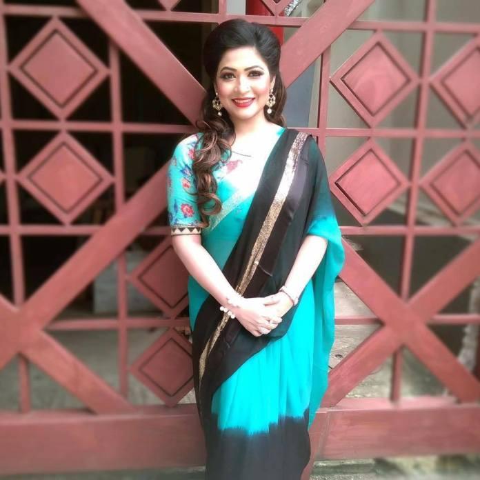 Actress Azmeri Haque Badhon Short Biography & Pictures 9