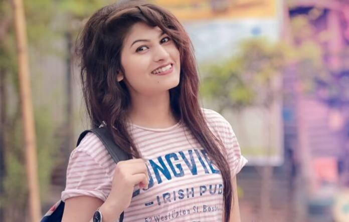 Bangladeshi Model Actor Jannatul Nayeem Avril Shprt Biography & Pictures 11