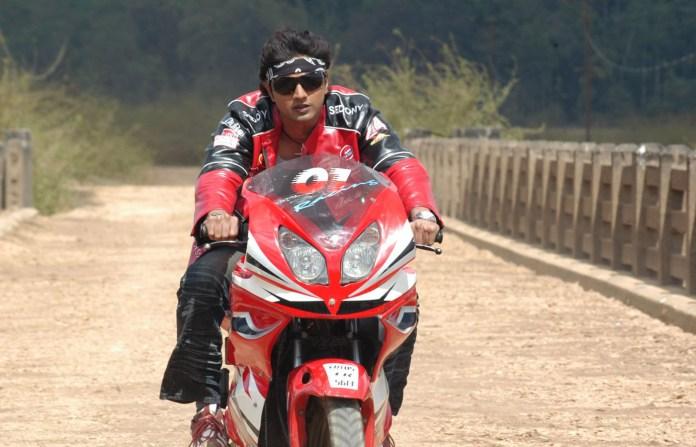 Indian Bengali Actor Dev Short Biography & Images 19