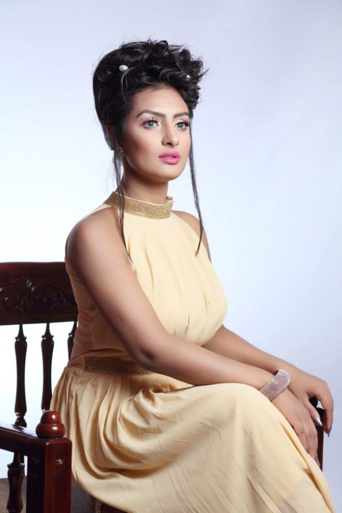 Bangladeshi Actress Nijhum Rubina Short Biography & Pictures 13