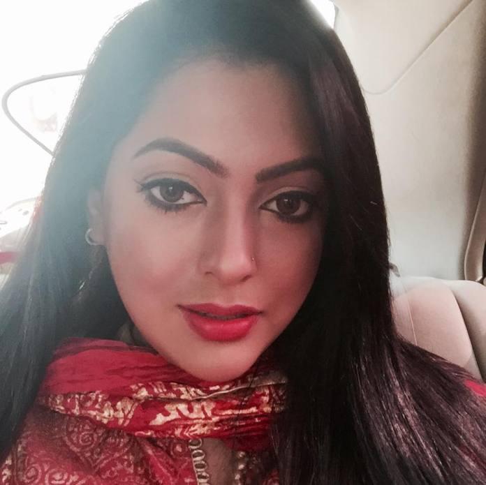 Bangladeshi Actress Nipun Akter Biography & Pictures 11