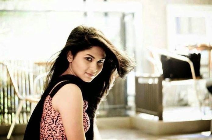 Bangladeshi Actress Orchita Sporshia Short Biography & Pictures 5
