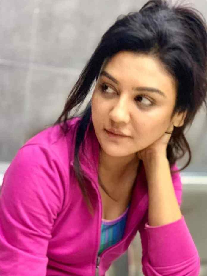 Bengali Actress Jaya Ahsan Best Images 24