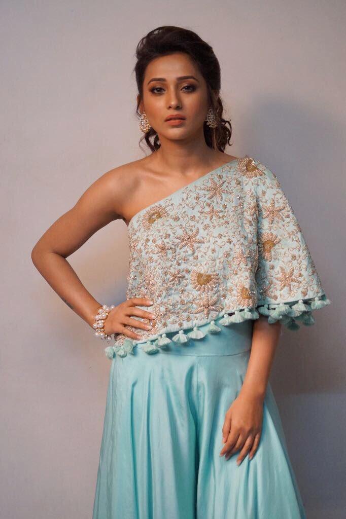 Mimi Chakraborty Hot Photos 3