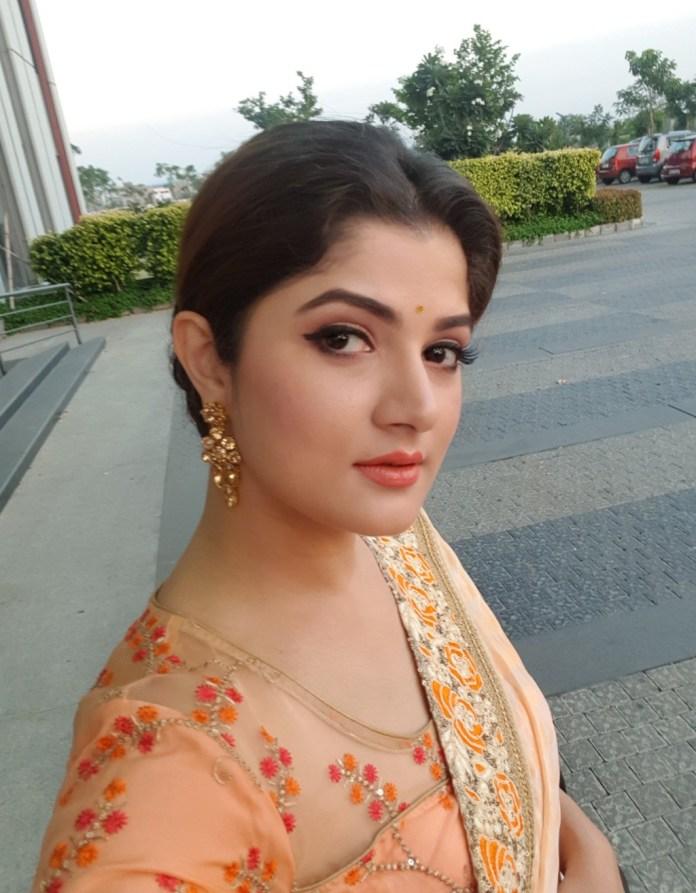 Srabanti Chatterjee Latest Photos 42