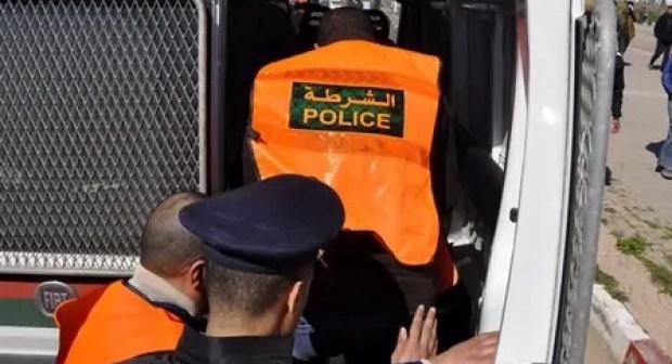 سيارة متخلى عنها بقلب مدينة أكادير تستنفر المصالح الأمنية.