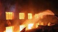 حريق يأتي على محل لبيع العقاقير بأيت ملول