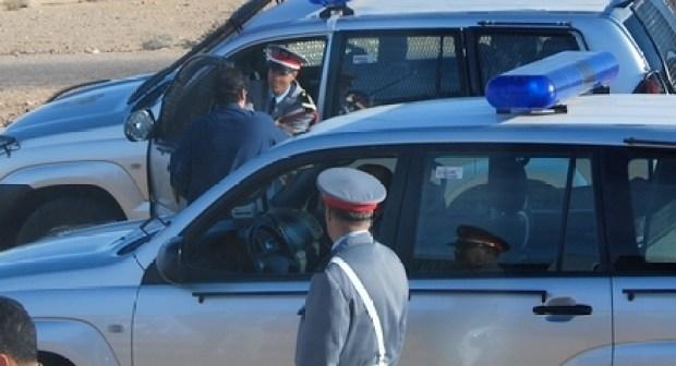 ايقاف شابين كانا في طريقهما إلى أكادير  أهانا دركيين ورفضا تحرير مخالفة سير