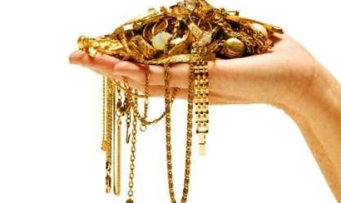عاجل:اعتقال بائع مجوهرات بانزكان وبحوزته 200 مليون من المسروقات