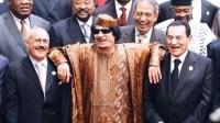 القفشات والمضحكات المثيرة للحكام والمسؤولين في القمم العربية