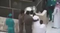فيديو| أمن الحرم المكي يحقق أمنية لمعتمر من ذوي الاحتياجات الخاصة!