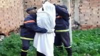 فاجعة:العثور على جثتي شقيقتين معلقتين بواسطة حزامين في شجرة،ومصادر ربطت الحادث بمشاكل عائلية