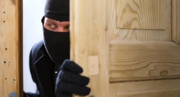 عصابة خطيرة لسرقة المنازل تحول حياة المواطنين إلى جحيم لا يطاق بأكادير.