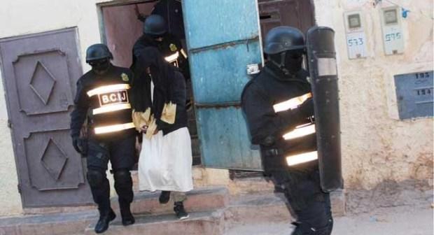 """سقوط """"داعشي"""" جديد له علاقة بخلية أكادير، وبحوزته مواد تستعمل في صناعة المتفجرات سرقت من كلية العلوم."""