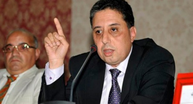 بوعيدة متشبت بشرعيته و يرفض الاستقالة، و يدعو إلى انتخابات سابقة لأوانها قائلا: الكل يطلب رقبتي وحدي.