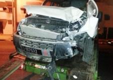 +صور: حادثة سير خطيرة بأكادير بطلها سائق سيارة الجماعة تتسبب في خسائر فادحة