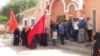 بالصور والفيديو:مسيرة نسويه نحو مقر جماعة سيدي بيبي للمطالبة بالكهرباء