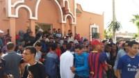 بالصور والفيديو:الاكتظاظ والنقل المدرسي يخرج سكان بسيدي بيبي للاحتجاج