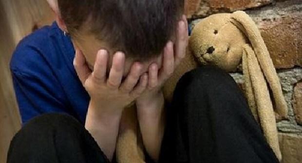تفاصيل فضائح الإعتداء الجنسي على الأطفال وتوثيقها بالفيديو، أبطالها: حلايقي، جزار، و متسول.