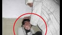هذا ماذا فعلت الفتاة للمؤذن بعد أن أدخلها إلى مقصورة المسجد