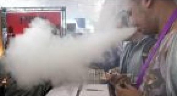 مخاطر السجائر الإلكترونية
