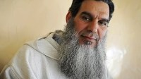 حلول الشيخ الفيزازي بأكادير، وأنباء عن رغبته في الزواج بصحفية معروفة لتكون زوجته الثالثة