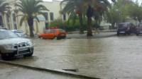 عااجل:أمطار طوفانية بأكادير تتسبب في انفجار قناة صرف صحي وروائح كريهة جدا تقع بأكبر معلمة تجارية بأكادير