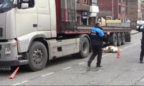 بالصورة:شاحنة تدهس لاعب مغربي بطريقة مروعة وترديه قتيلا وهذه هي التفاصيل المؤلمة
