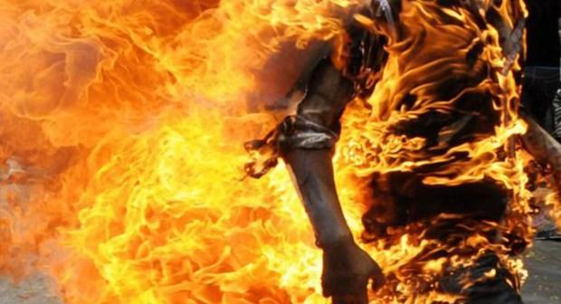 إمرأة حامل تفارق الحياة بمصحة خاصة بأكادير بعد محاولة انتحار حرقا، احتجاجا على عدم السماح لها بحضانة ابنها.