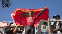 """إبراهيم إيدوش إبن أكادير يتوج ببطولة العالم في رياضة """"البودي بورد"""" لركوب الموج بالشيلي"""