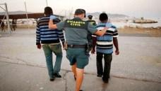 """تفكيك عصابة متخصصة في تهريب المهاجرين على متن دراجات مائية """"جيت سكي"""" مقابل 5 آلاف يورو للشخص الواحد."""